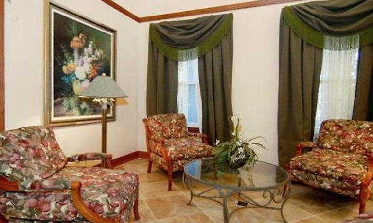 Hotel Comfort Inn Suites Dallas Tx